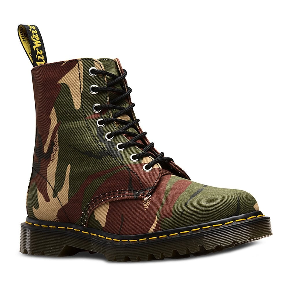 Dr Martens Dr Martens 1460 Made In England Mens 8 Eyelet Boots Camo